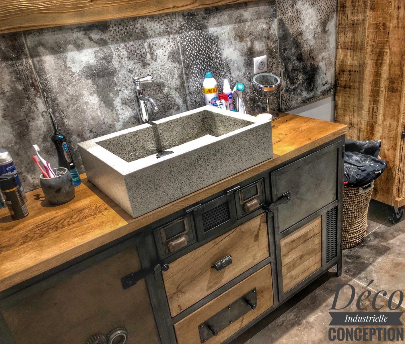 Meuble salle de bain atypique